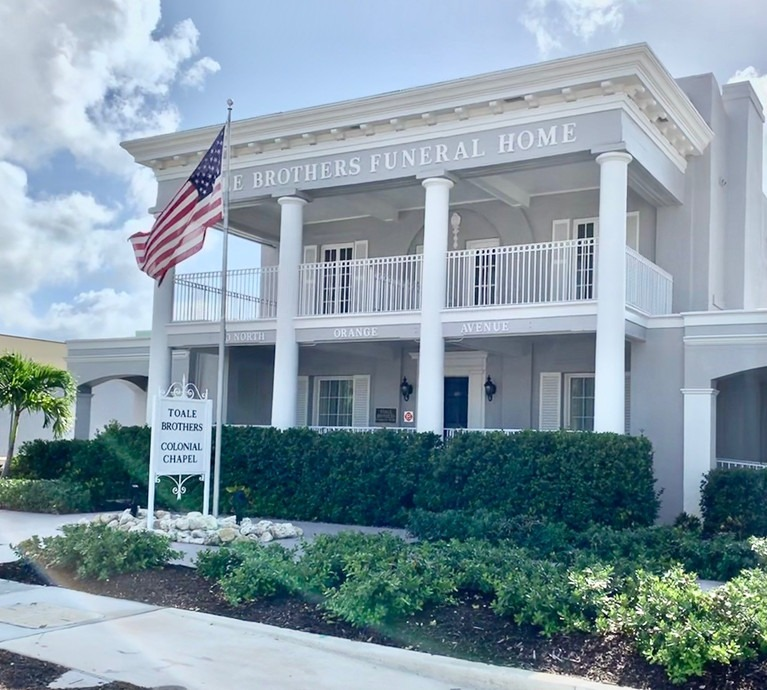 Toale-Brothers-Funeral-Home-Colonial-Chapel-Sarasota